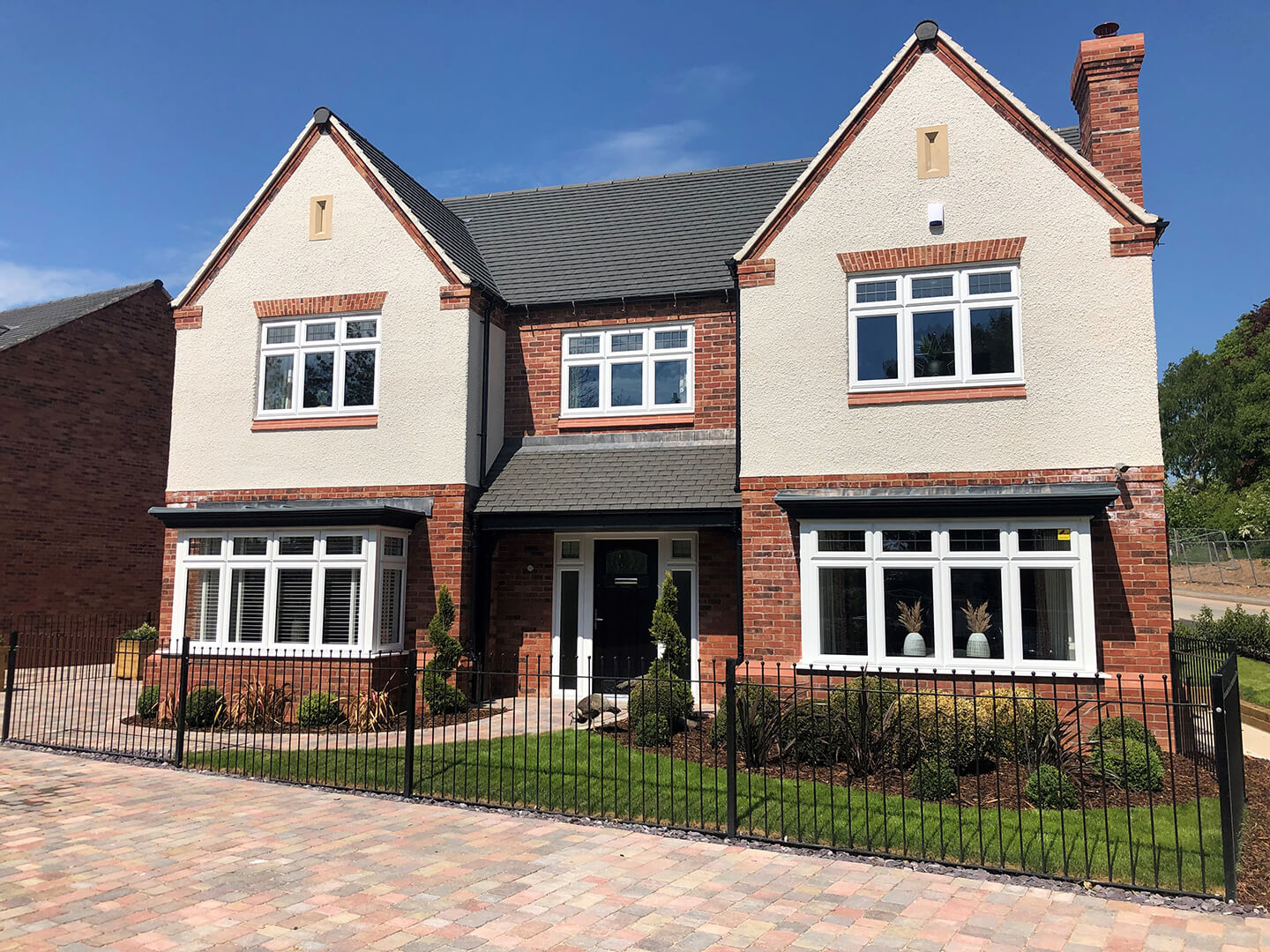 Repton Manor - show home exterior 2.